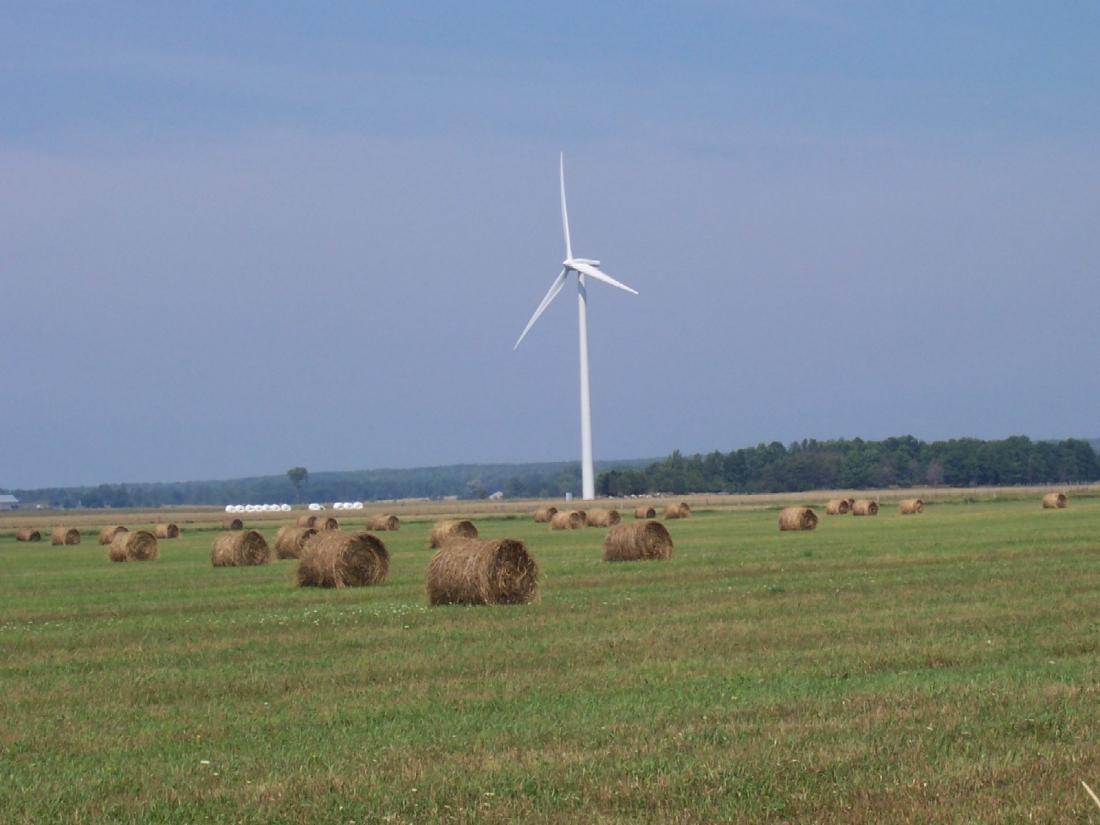 stockvault-turbine-in-a-farmers-field100650